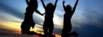 Nia dancing women