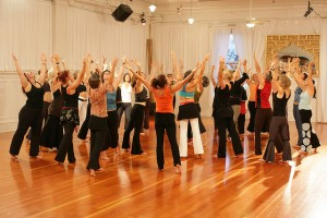 Nia big group dancing in lovely studio